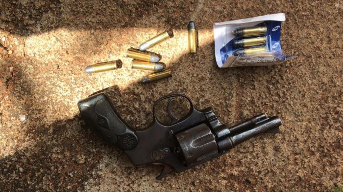 Idoso de 84 anos morador de Lagoa Formosa é preso por posse ilegal de arma de fogo