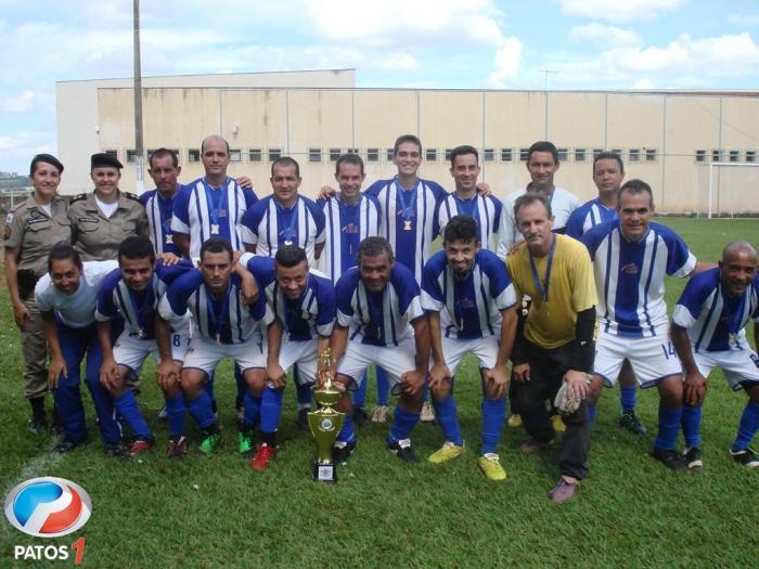 A equipe da ADM 10ª/15º  é Campeã do Torneio de Futebol Society do 15º BPM de Patos de Minas