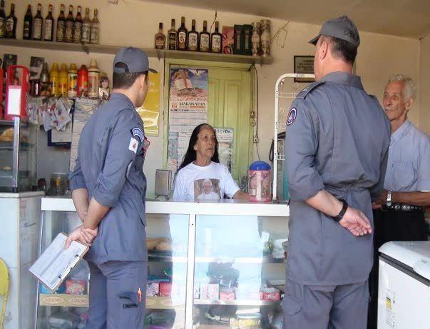 Alerta Vermelho: Bombeiros fazem verificações em empresas de Patos de Minas