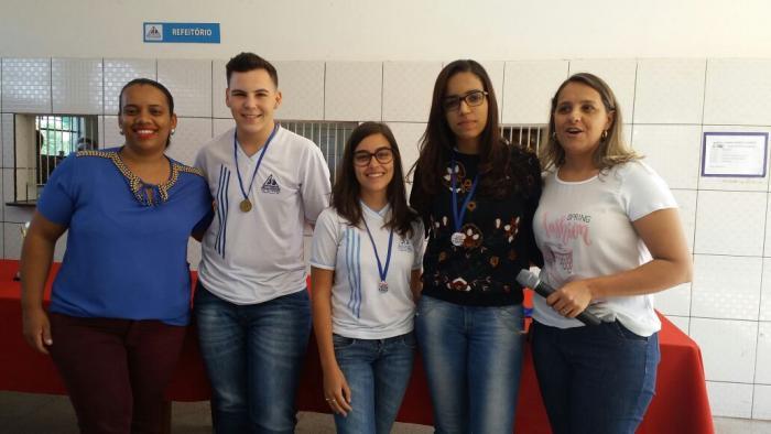Escola Estadual Nossa Senhora da Piedade realiza entrega de premiações do primeiro concurso de Redação