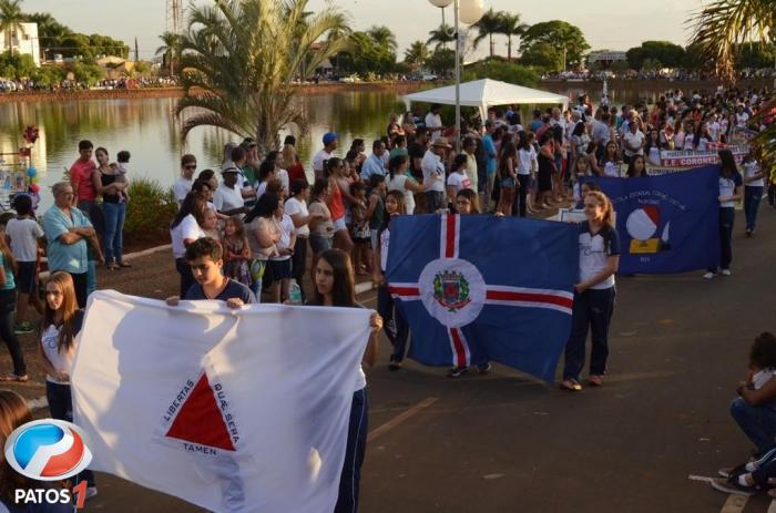Prefeitura Municipal realiza 11ª caminhada Cívica e Cultural para comemorar a Independência do Brasil