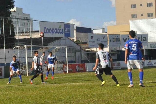 Paranaíba vence Pontapé/Inicial em Patos de Minas e assume a liderança do campeonato regional