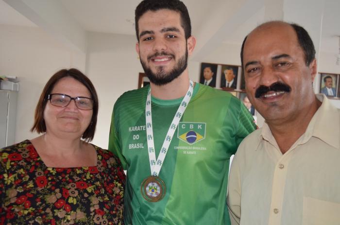 Karateca de Lagoa Formosa fica em 3º lugar no campeonato brasileiro zonal disputado no Paraná