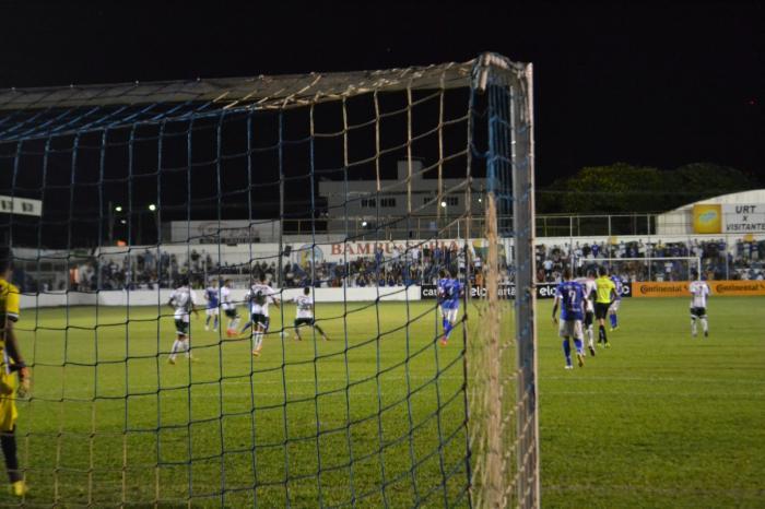 URT perde para Luverdense e está eliminada da Copa do Brasil no jogo de estreia