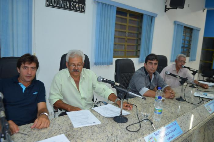 Câmara Municipal de Lagoa Formosa inicia votação de projetos que prevê reajustes de salários dos servidores públicos