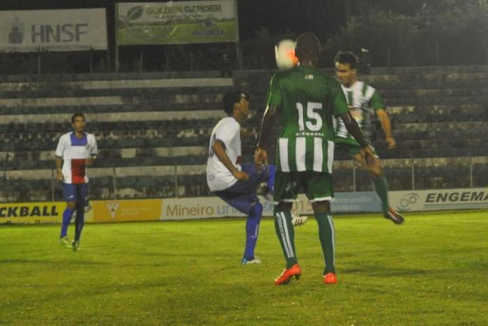 Empate no primeiro jogo do Mamoré em Patos de Minas na temporada 2016