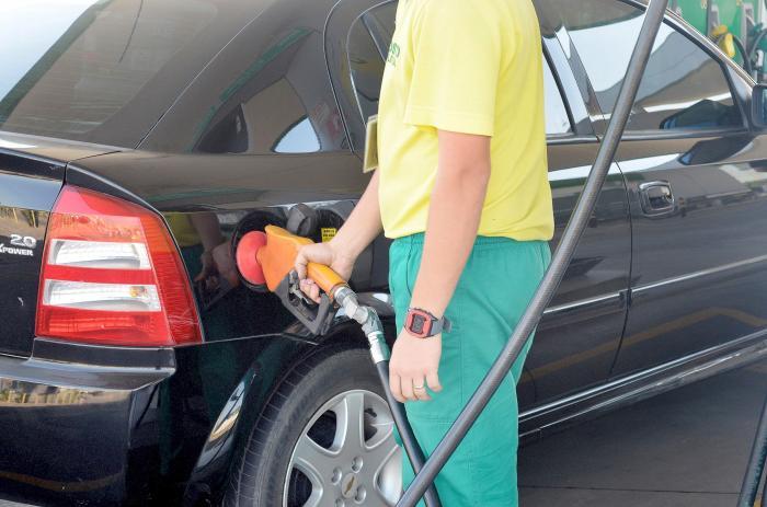 Aumento de 0,25 centavos na gasolina e 0,35 centavos no etanol assusta até proprietários de postos