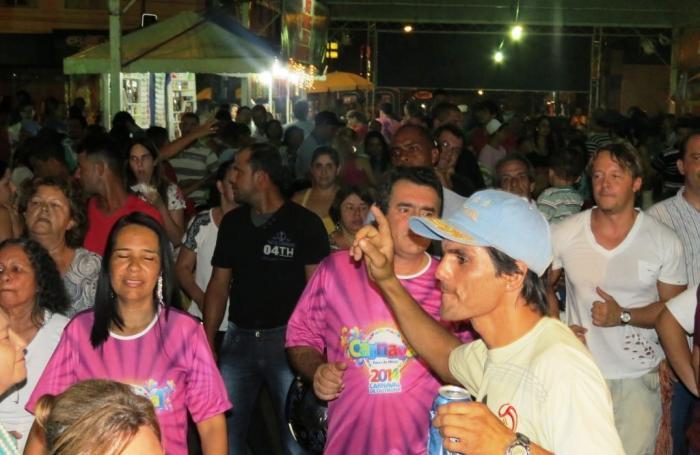Carnaval de Outrora faz sucesso em Patos de Minas entre os foliões