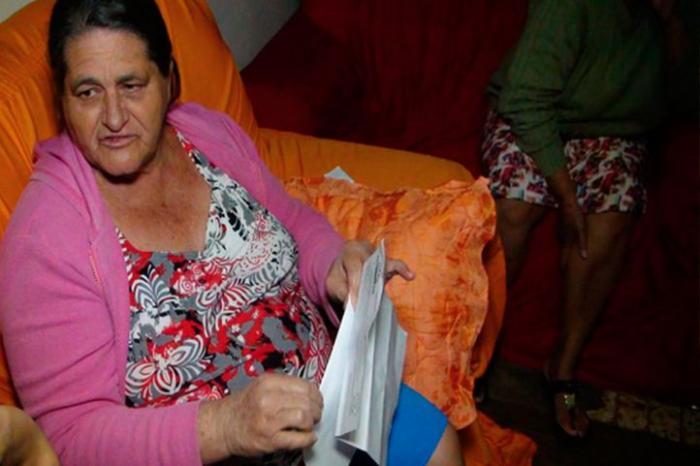 Patos de Minas: paciente com câncer de mama pede ajuda para fazer exames