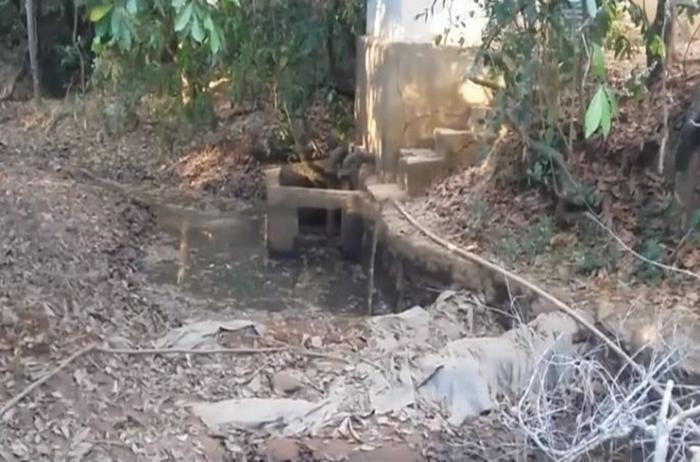 Falta d´água: caminhões pipa buscam água em Vazante para abastecer a cidade de Lagamar