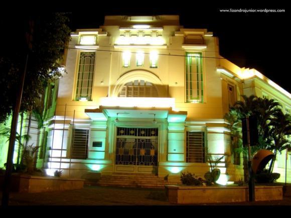 Sede do antigo Fórum de Patos de Minas é repassada ao município