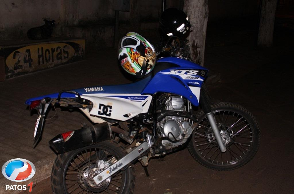 Motociclista de 21 anos morre em grave acidente no centro de Presidente Olegário