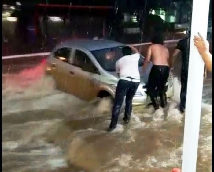 Temporal causa medo e prejuízos na cidade de Patos de Minas