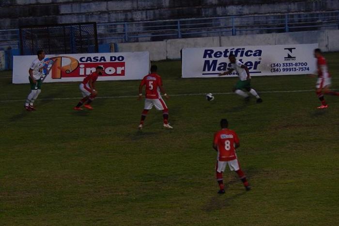 Mamoré volta a sofrer gol no final do jogo e perde em Uberaba pelo mineiro módulo II