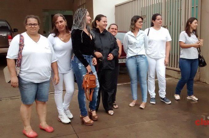 Funcionários do Hospital São Lucas de Patos de Minas protestam contra atrasos de salários