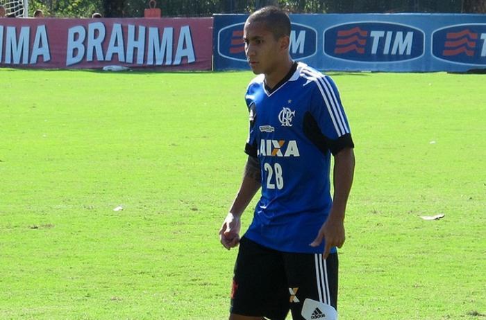 URT de Patos de Minas confirma contratação de atacante ex-Flamengo para a temporada 2018