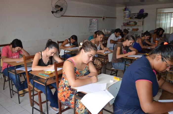 Vestibular do Instituto Alto Paranaíba acontece neste final de semana em Lagoa Formosa