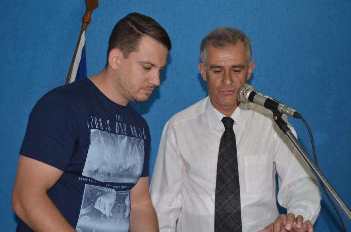 Greve dos professores e contas da administração do ex-prefeito José Amorim foram pautas de reunião na Câmara