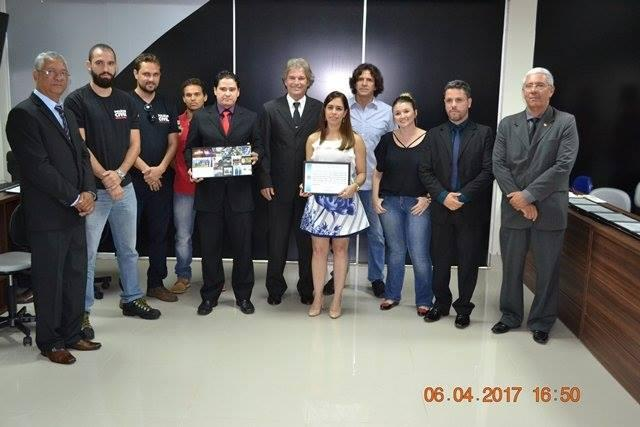 Câmara dos Vereadores da cidade de Patos de Minas entrega diplomas em sessão de Moção de Aplausos
