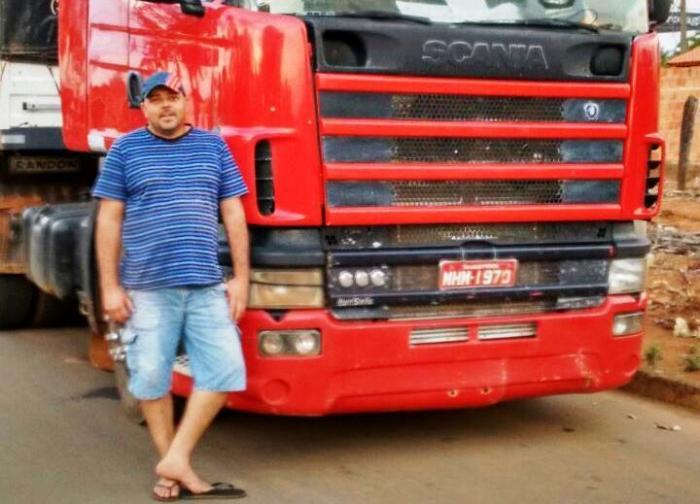 Caminhoneiro de Lagoa Formosa é encontrado morto às margens da BR-365 após ter veículo roubado