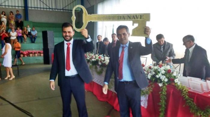 Arapuá:prefeito, vice e vereadores tomaram posse neste domingo (01/01)