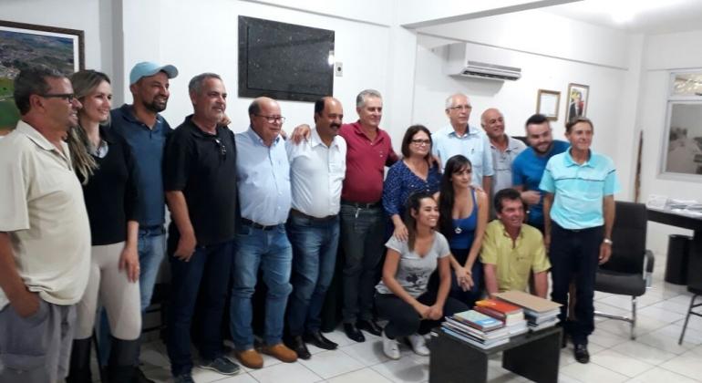 Deputado Federal Tenente Lúcio é recebido em Lagoa Formosa pelo prefeito e pelo presidente da Câmara Municipal
