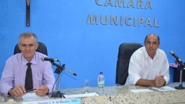 Vereadores de Lagoa Formosa realizam reunião ordinária e votam quatro projetos