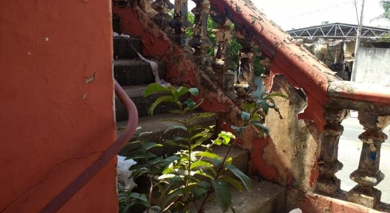 Abandonado antigo cadeião de Patos de Minas aguarda restauração