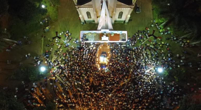Missa e procissão marcam encerramento da Festa de Nossa Senhora da Piedade em Lagoa Formosa