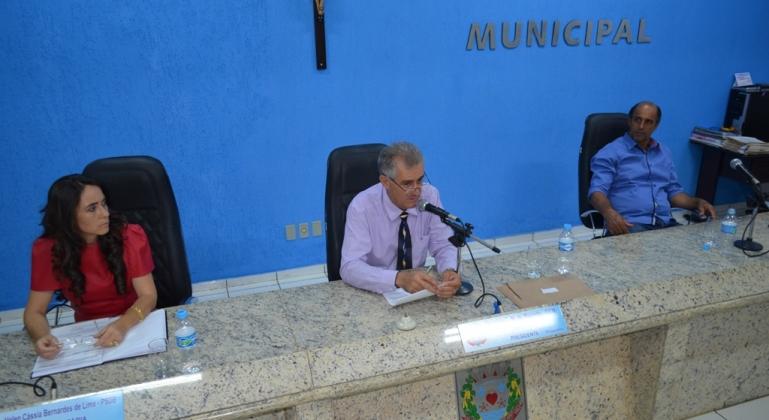 Câmara Municipal de Lagoa Formosa realiza 28ª reunião ordinária