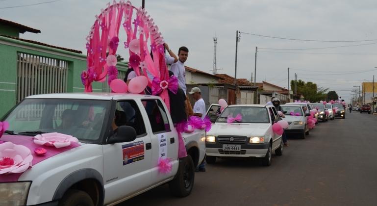 Outubro Rosa tem início com carreata na cidade de Lagoa Formosa