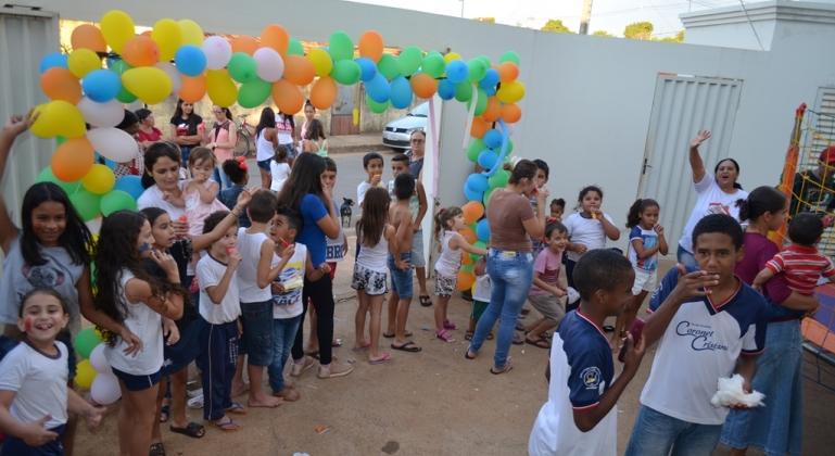 PSF Sebastião Gontijo realiza tarde de lazer para comemorar o dia da criança