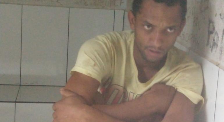 Suspeito de cometer furtos em Lagoa Formosa é preso e PM recupera produtos