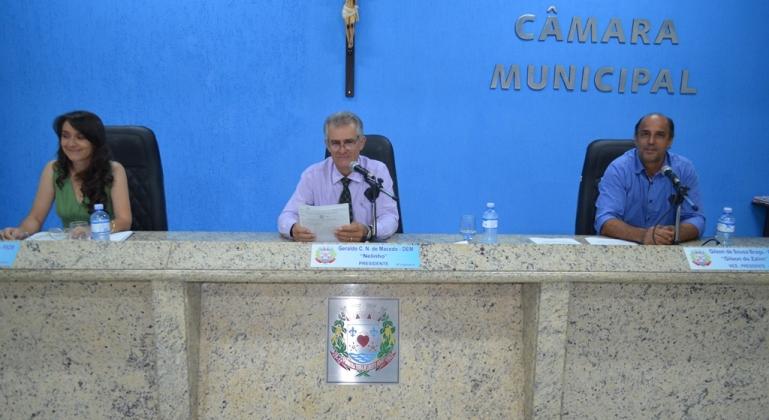 Próximo do recesso parlamentar, vereadores de Lagoa Formosa realizam a 40ª reunião ordinária de 2018