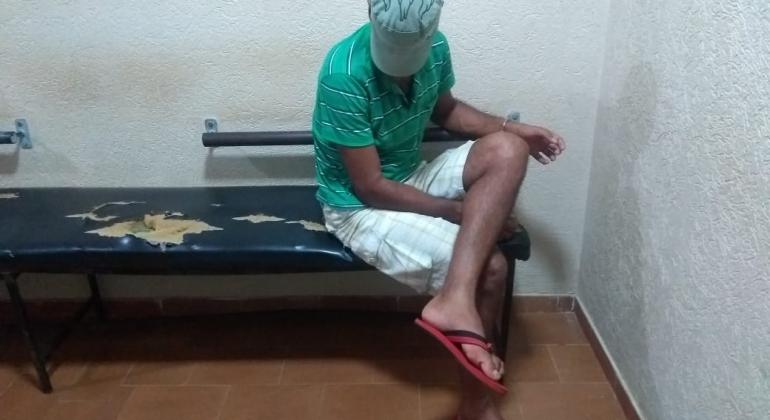 Filho usuário de drogas ameaça pais com faca em Carmo do Paranaíba