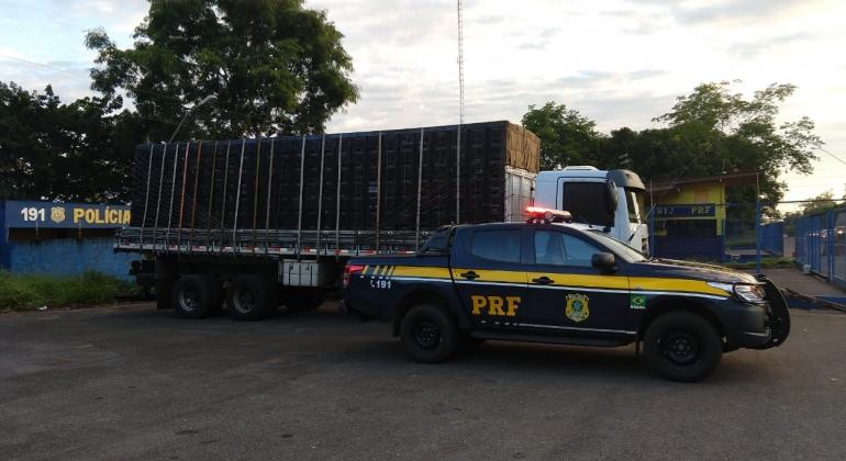 Tomado de assalto em 2016 caminhão é apreendido pela PRF em Patos de Minas