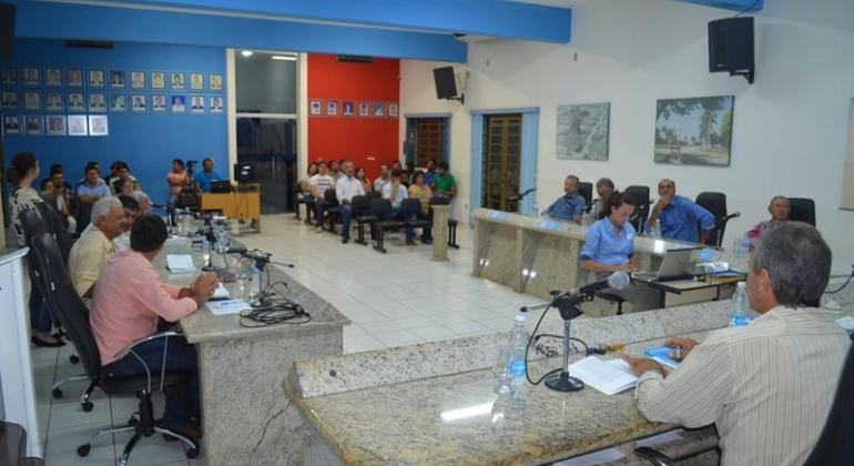 Plano Diretor é apresentado à população de Lagoa Formosa em audiência pública na Câmara Municipal