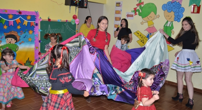 Centro Educacional Infantil Estrelinha do Saber de Lagoa Formosa realiza o 1ª Arraial