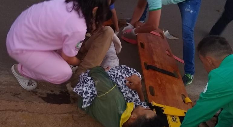 Lagoa Formosa: acidente em cruzamento com alto índice de acidentes deixa motoqueiro com fratura na perna direita