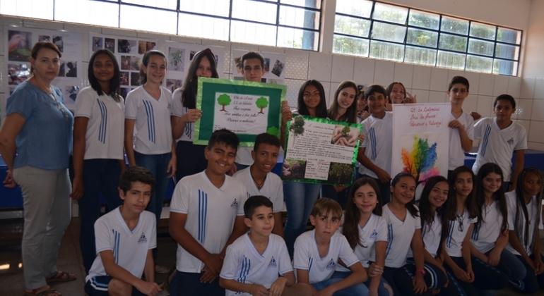 Alunos da Escola Estadual Nossa Senhora da Piedade realizam projeto em prol da preservação da natureza