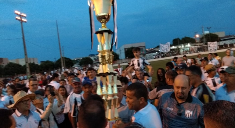 Paranaíba vence o Ouro Verde e conquista mais uma edição do Campeonato Regional