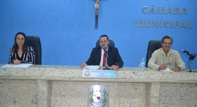 Com participação da secretária de educação vereadores de Lagoa Formosa realizam a 2ª reunião ordinária de 2020