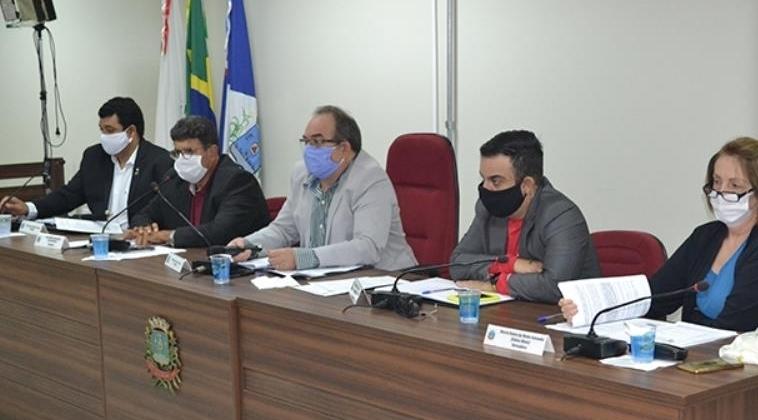 Câmara Municipal de Patos de Minas paralisa atividades após servidora testar positivo para o coronavírus