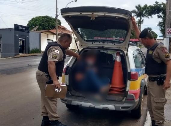 Homem de 37 anos é preso após invadir residência em Carmo do Paranaíba e tentar estuprar moradora