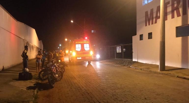 Menina de 6 anos fica ferida após ser atropelada no Bairro Jardim Paraíso em Patos de Minas