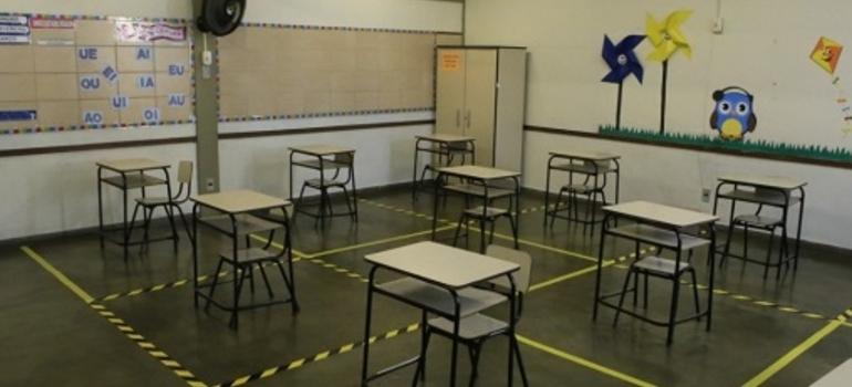 Justiça permite retorno das aulas presenciais nas escolas estaduais