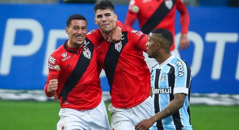 Atacante de Lagoa Formosa faz seu primeiro gol pelo campeonato brasileiro da primeira divisão