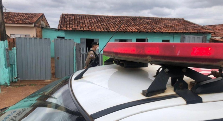 Homem é encontrado morto em abrigo de Patos de Minas
